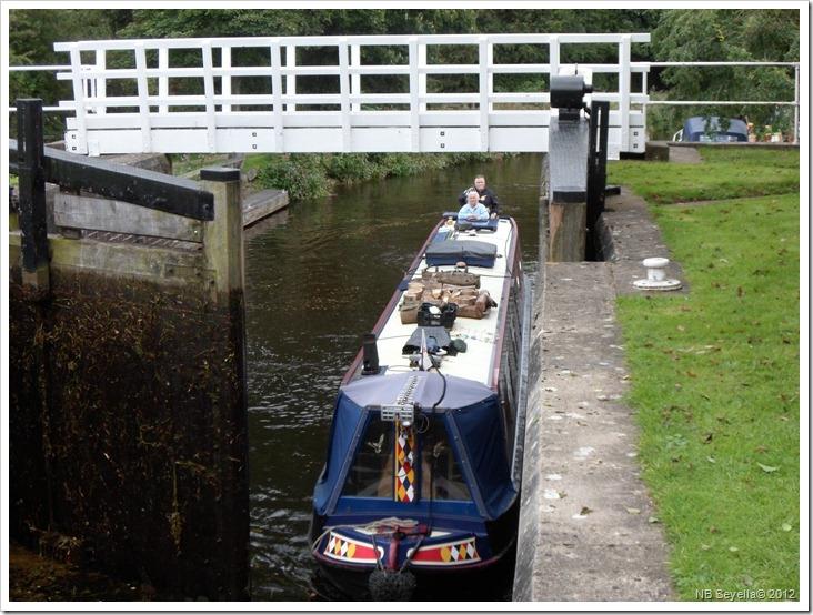 SAM_3205 Rhodesfield Lock
