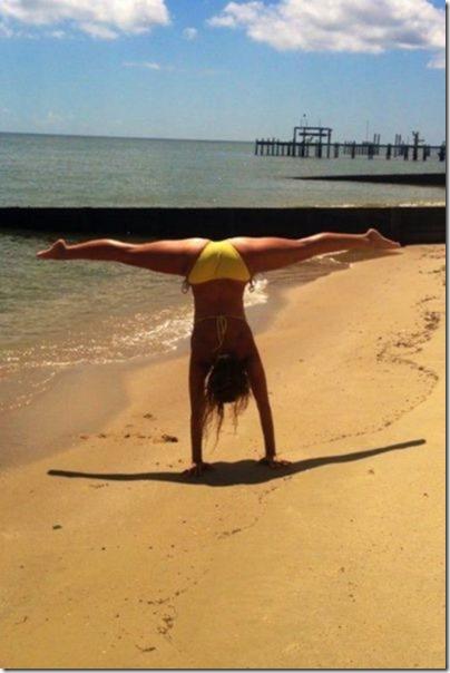 bikini-beach-babes-5