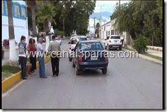 16 CHOQUE POR ALCANCE EN CALLE RAMOS ARIZPE.mp4_000023189
