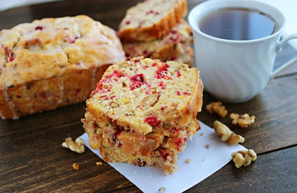 Cranberry Bread with Orange Glaze – Sweet & tart cranberry bread from scratch with a fresh orange glaze!| thecomfortofcooking.com