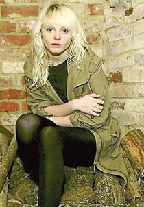 laura_marling_narrowweb__300x4560