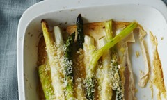 Hungarian-style-baked-asparagus