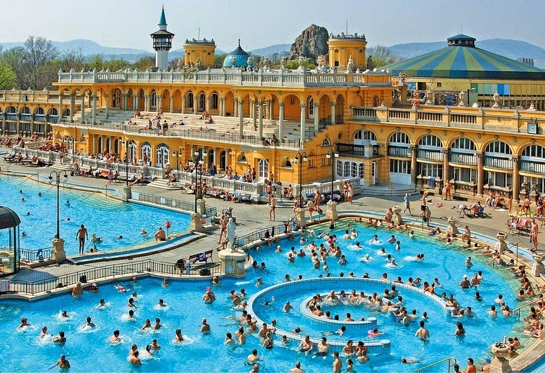 szechenyi-thermal-bath-2