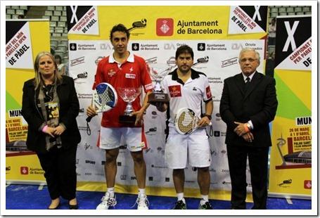 Cristian Gutiérrez y Fernando Poggi, que vencieron en la final del X Campeonato del Mundo por Parejas Open a Lima-Mieres 6-2, 6-7 y 6-3