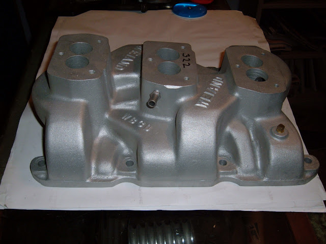 Weiand 3x2 intakes for 264-322 -364 and 401-425, rare , we get them sometimes. Call
