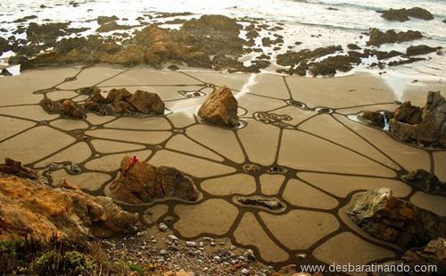 desenhando na areia desbaratinando  (15)