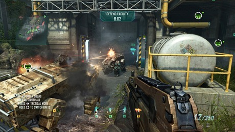 4061Call-of-Duty-Black-Ops-II_FOB-Spectre_On-the-Ground-Xbox360