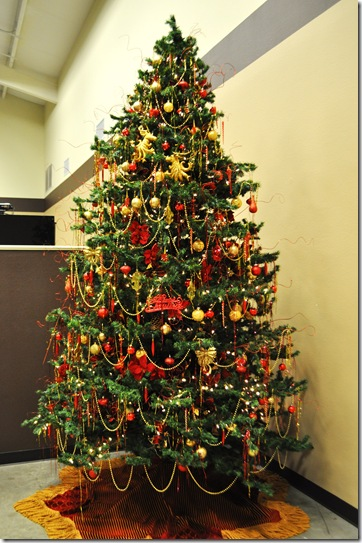 CHRISTMAS TREE (2)