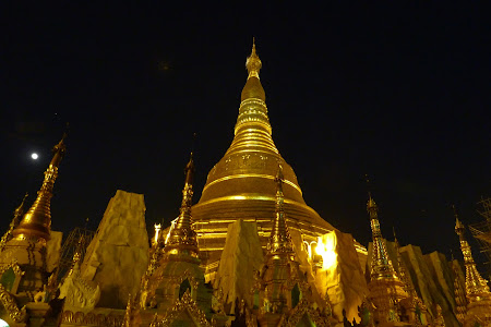 Obiective turistice Myanmar: Pagoda Shwedagon
