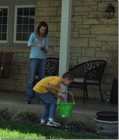 04-08-12 Easter hunt 12