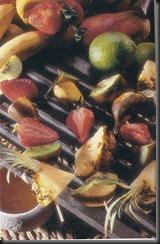 Spiedini di frutta alla griglia