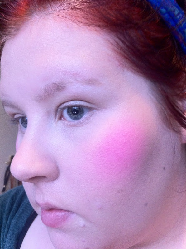 Sleek MakeUP Santorini Blush unblended