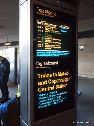 Copenhagen airport - rail platform
