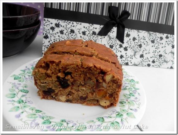 wholewheatfruit&nutcake