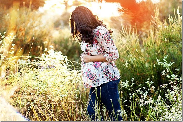 Pat & Eleni Maternity   128j rep