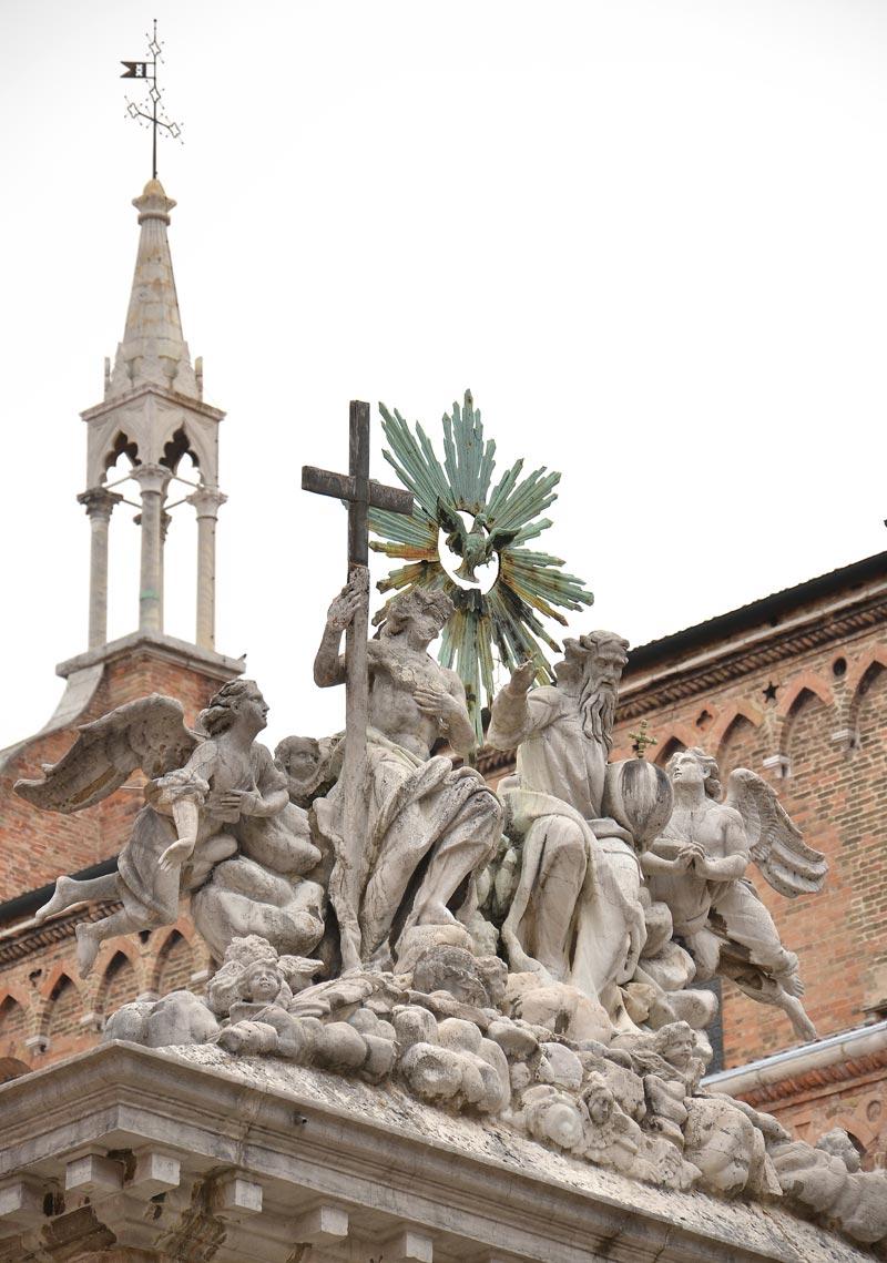 Chiostro trinita 24e