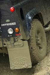 2013-LR-Defender-22%25255B2%25255D.jpg