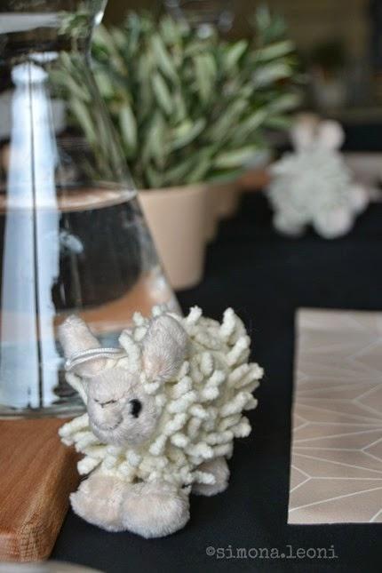 pecorella-pasqua-table-setting