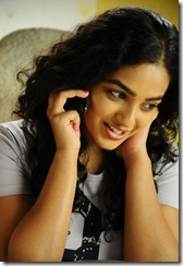 nitin nitya menon gundejari gallanthainde movie stills