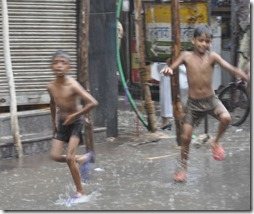 Delhi 2 003 mousson
