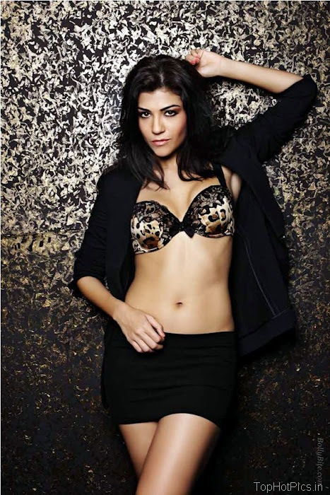 Archana Vijaya Latest Hot Photo Shoot Pics 8