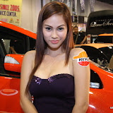 philippine transport show 2011 - girls (59).JPG