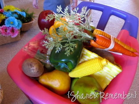 dramatic play produce stand 11