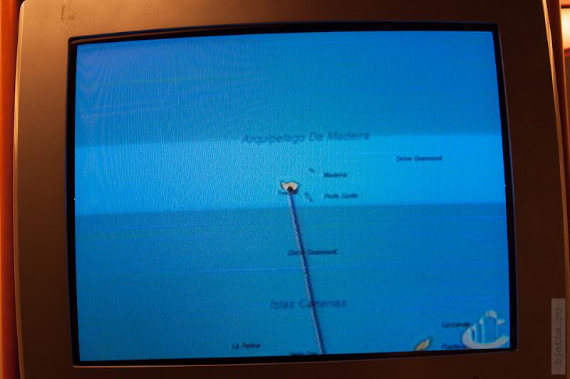 8. Февраль. Мадейра. Канатная дорога. Фуншал. Всю ночь от Канар мы шли прямо на Север.