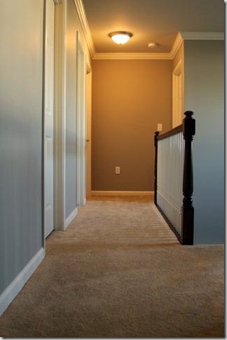 hallway_before1