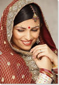 north Indian bride wearing bindi