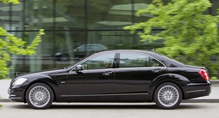W221-Mercedes-S-Class-I