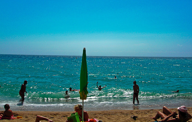 19. Вот оно - море Испании. Фестиваль фейерверков. Бланес. Коста Брава. Испания. 2007.