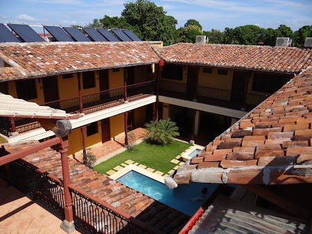 02. Interior hotel La Pergola.JPG