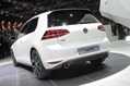 2013-VW-Golf-3