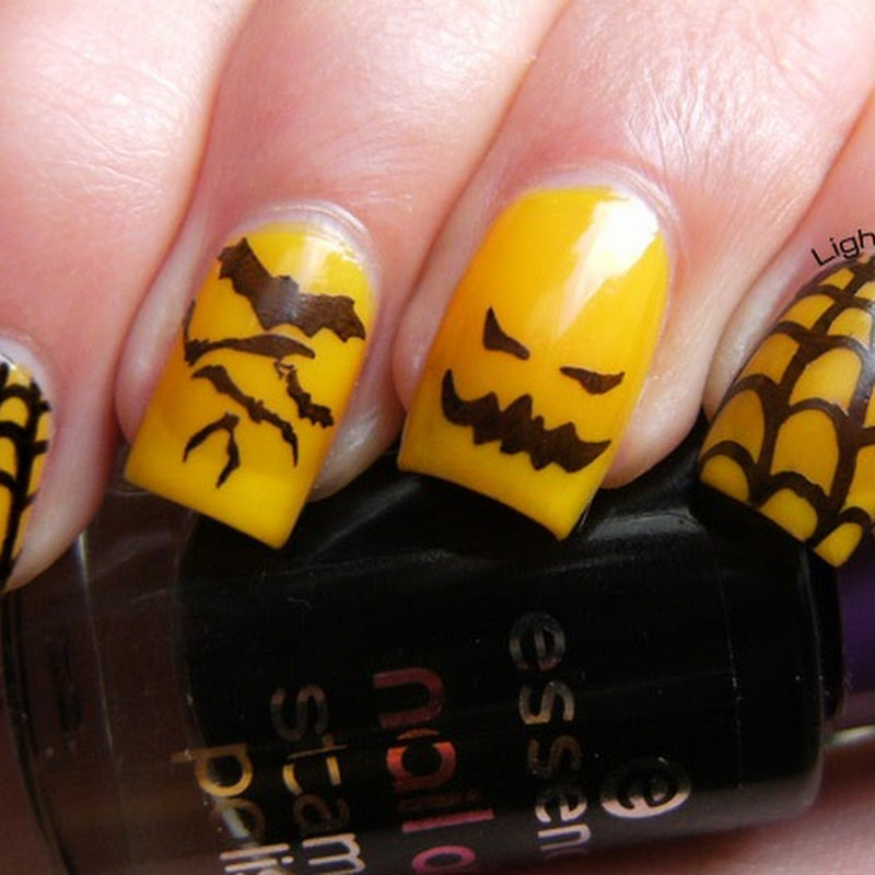 Halloween black and yellow nail art