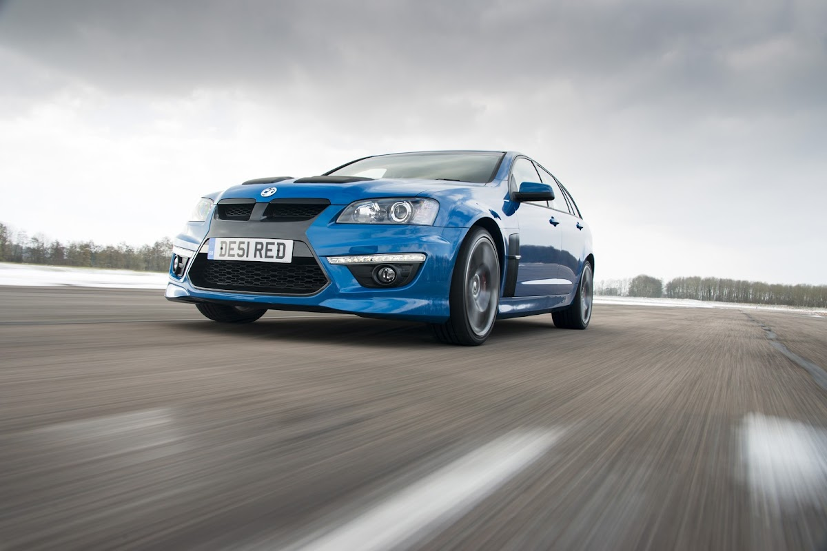 Vauxhall vauxhall vxr8 estate : 425HP Vauxhall VXR8 Tourer Is the Brand's Most Powerful Estate Ever