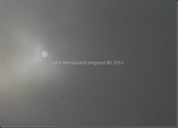 keskiviikon ainoa valopilkku huvimajan katto 010