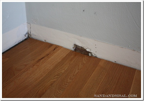 baseboards 