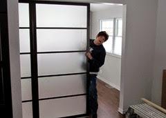1411190 Nov 19 Barb At Dividing Door