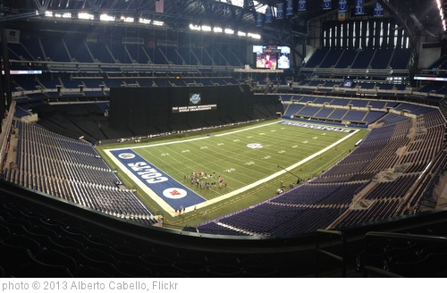 'Lucas Oil Stadium' photo (c) 2013, Alberto Cabello - license: http://creativecommons.org/licenses/by/2.0/