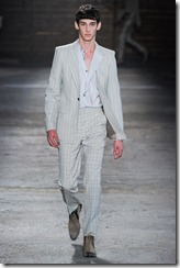 Alexander McQueen Menswear Spring Summer 2012 Collection Photo 23