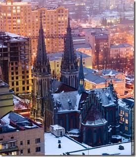 St-Nicholas-Roman-Catholic-Cathedral-Kiev-ukraine-21290471-695-800