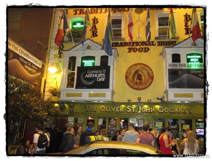 bar temple bar