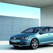 2013-Volkswagen-Golf-7-2.jpg