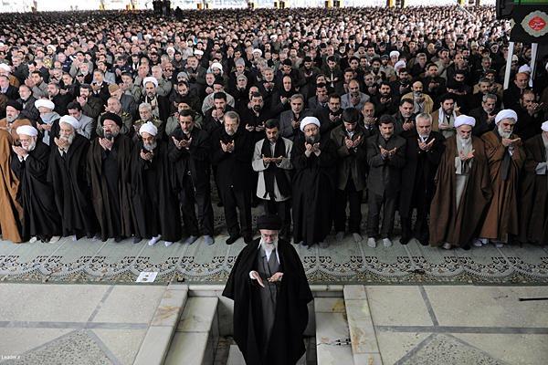 http://lh6.ggpht.com/-gJu6jHg4MgA/TxfBzhj4P0I/AAAAAAAAAdc/tEpZ3SGW5CI/0204-OKHAM-IRAN-EGYPT-Khamenei_full_600-8x6.jpg?imgmax=800