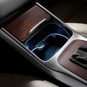 2014-Volvo-S80-V70-XC70-14.jpg