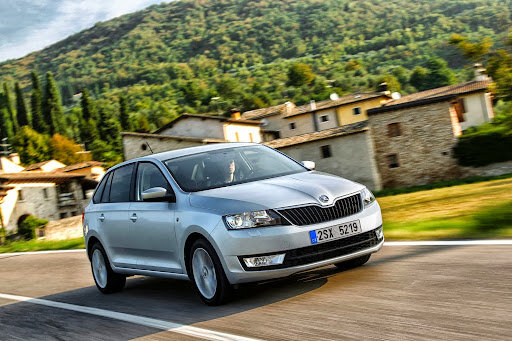 Skoda-Rapid-Spaceback-12.jpg
