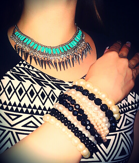Silver & Turquoise Statement Neckpiece with Spikes FOREVER NEW  Black and Pearl Hand Beads - ALDO