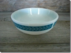pyrex tableware grecian bluegrass