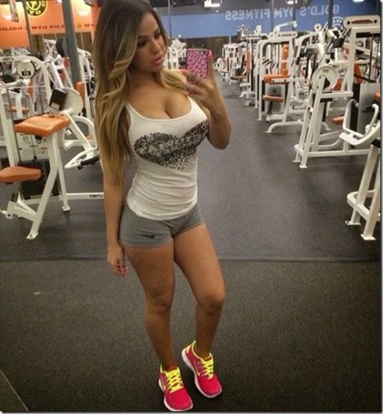 fit-girls-exercise-040